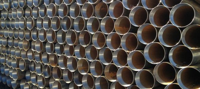 Бурение скважин: пластиковые или металлические трубы